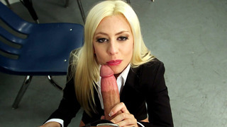 Jessie Volt sucking huge cock to get a new job Thumbnail