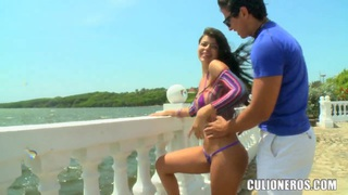 Sexy Diana go  to the beach with two strangers, which definitly want to fuck her