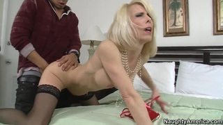 Couple Bruno Dickemz and Jodie Stacks hose fucks in front of camera