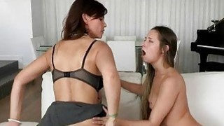 Syren Demer and Cassidy Klein 3some