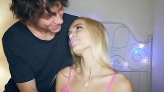 Amateur teen girlfriends hot sex on homemade sex tapes