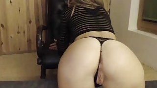 Skinny Horny Blonde Teasing Her Fans By Showing Her Perfect Ass On Cam Thumbnail
